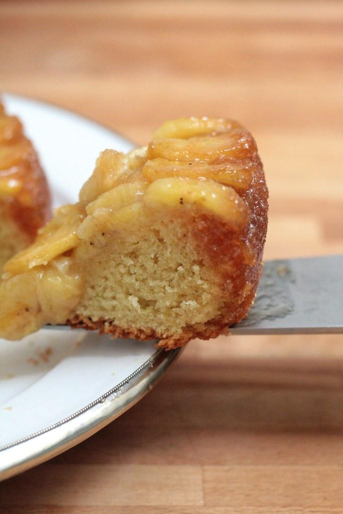 Part de gâteau tatin à la banane