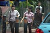 Jakarta streets (Mangiwau) Tags: street indonesia jakarta raya jalan scenes samping montok