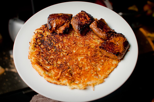 Hash browns met lamsfilet