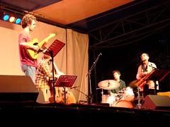 Quartet de Jef Sicard  LO 2009 (astroJR) Tags: music concert jazz lo fte 2009 musique presles lutteouvrire ftedelo ftedelutteouvrire jefsicard ftedelo2009