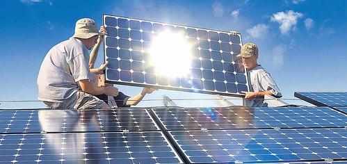 Instalando paneles solares