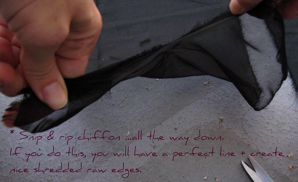 DIY Petal Ruffle Puff Sleeve Top