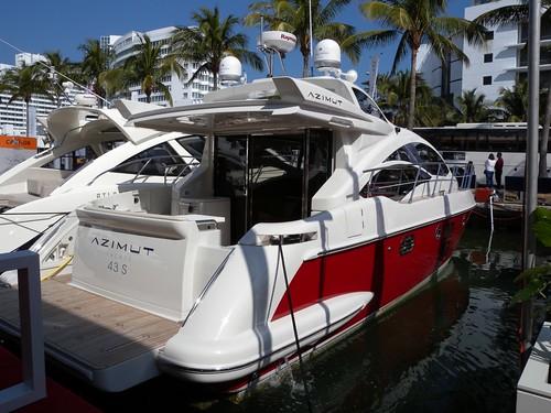Azimut 43s Yacht