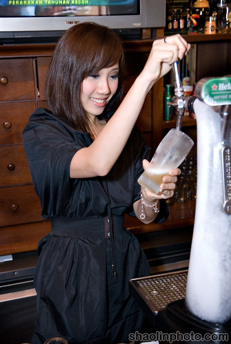 Cindy Pouring