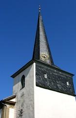 Church in Ahlstadt (:Linda:) Tags: blue clock church germany tile bavaria village kirche franconia clocktower spire slate blau spitz zeit uhr schiefer glockenturm shingel slateshingle peakish slateshingled ahlstadt schieferschindel kirchevonausen schiefergedeckt