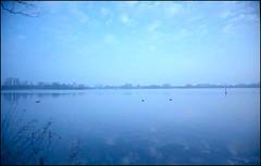 Early morning-II (gelelie / Gerda) Tags: kralingseplas vivitaruws superiaexp2005