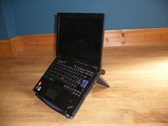 thinkpad on kensington stand