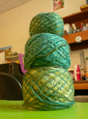 Handspun spindle spun silk singled lace yarn green