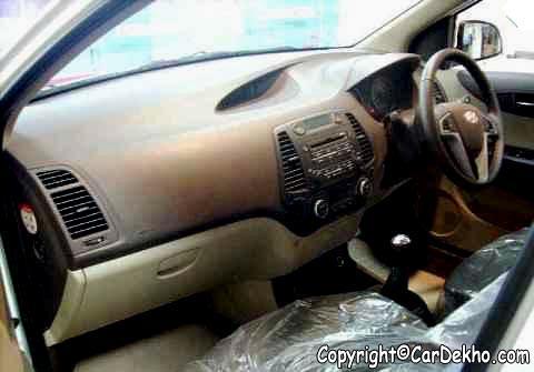 Hyundai I20 Interior. Hyundai i20 Passanger Seat