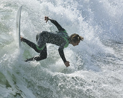 Green Twister (ScottS101) Tags: california cali surf waves pacific surfer huntington bodylanguage competition surfing professional surfboard pro athletes athlete olas hb wetsuit ola competitor surfista beachwave huntingtonbeach allrightsreserved