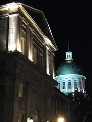 Marché Bonsecours at night