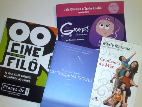 Livros que ganhei nesta semana por você.