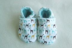 *0-6 Months*  Iced Giraffes OBV lined Booties