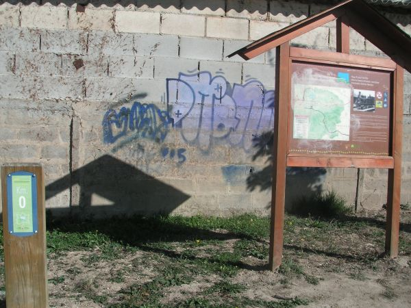 Foto 2 - Km.0 de la Vía Verde del Zadorra