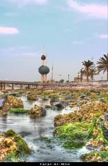 Kuwait Towers (Talal Al-Mtn) Tags: sea sky green clouds kuwait kuwaiti q8 bech kwt kuwaittowers  talalalmtn