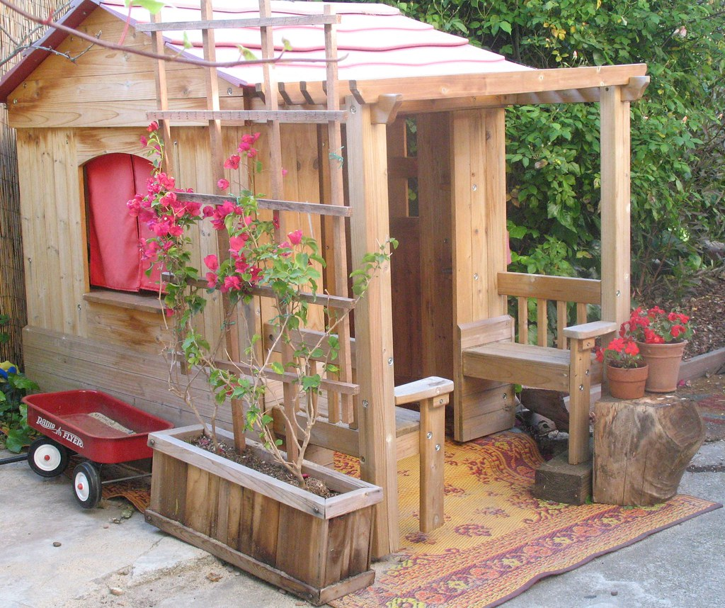 Awesome Backyard Playhouse