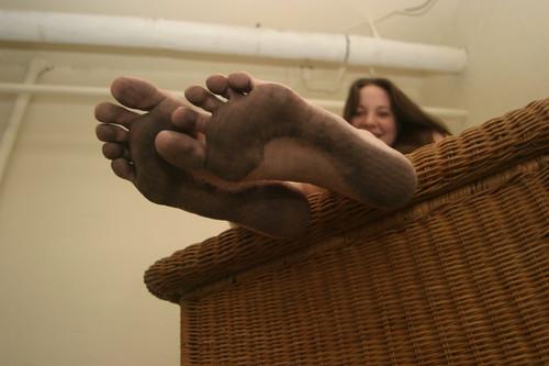 dirty soles Girls feet