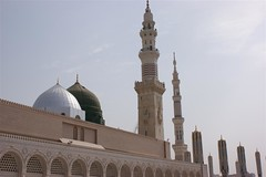 Madinah - Green Dome at Zohr 3 (onarticus) Tags: minaret muslim islam praying hilton mosque madina dome saudi arabia shia masjid pilgrim sunni madinah shajarah