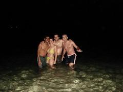 al agua en medianoche