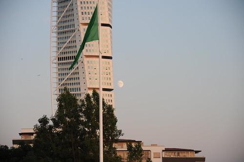 月とトルソ