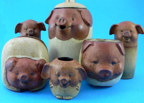 Teapot Pigs