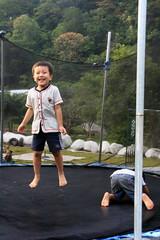20091108_9762 (Yiwen103) Tags: 內灣 露營 尖石 卡丁車 櫻花谷 碰碰船 踏踏球