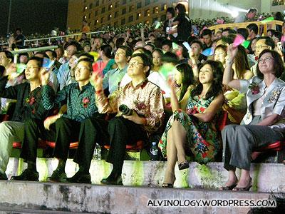 The VIPs (L to R): Chua Chim Kang, Teo Ser Luck, Robin Hu and his wife, Taiwans Singapore Representative