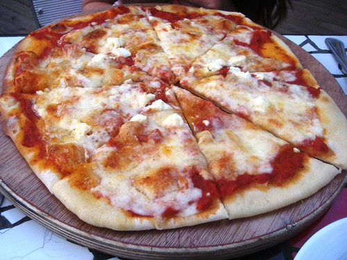 Wood Fired Pizza - Restaurante Del Parque