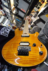 New Peavey Guitar (Tomitheos) Tags: portrait music flickr dof pov avatar bajo picture peavey optical pic daily photograph musicalinstrument capture now today 2009 shiningstar basswood musicstore electricguitar torontoontario macrolens stockphotography floydrose mapex birdseyemaple whammybar theworldthroughmyeyes flamedmaple carvedtop  magasindemusique heartaward lockingnut bytomitheos hardrockmaple creattivit zebrastripehumbucker harleypeaveydesign lockingtremolosystem sweetaxe glossynaturalfinish 415queenstwest m5v2a5