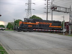 Southbound Indiana Harbor Belt transfer train. Bridgeview illinois. August 2007.