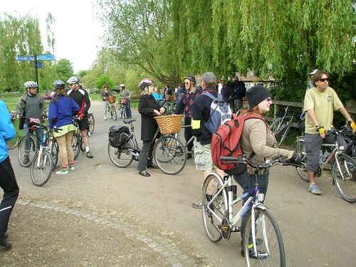 Cambridge Cycle Campaign muster at the Fort of St George