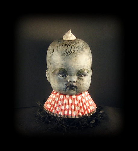 """Dirty Dollop"" Creepy Cupcake Kid Bust"