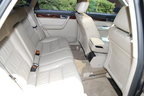 1995_Audi_A6-11