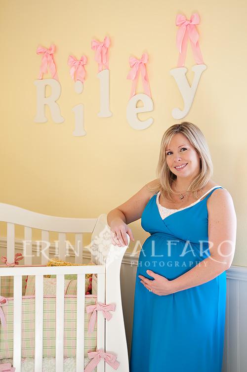 041809_Betsy_Maternity_8_wm