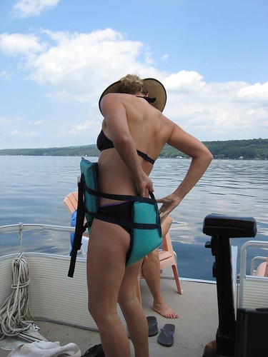 Life jacket floating diaper