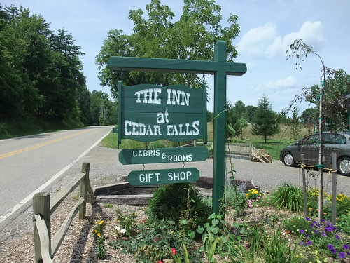 The Inn at Cedar Falls (Logan, OH)