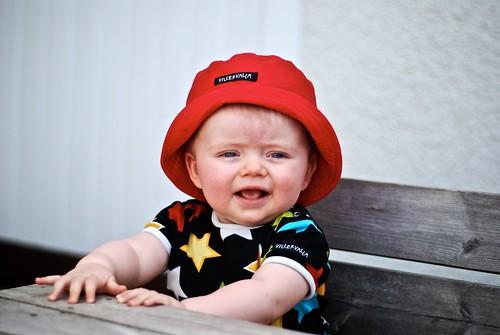 Albert med sin röda hatt