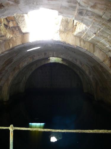La cisterna árabe del Castelo.