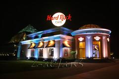 hardrock cafe (Zaina Al-Sanea) Tags: light night canon cafe kuwait hardrock kw q8  zaina alsane  alsanea il9an3 zal9an3 al9an3 alsan3