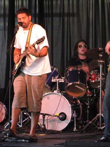 Jahlectrick's lead singer, USF alum Raja Iliya, perfomed at the first Jammin' for Jutice concert. Money was raised for the Women's Community Clinic on Hayes Street.  Photo by Miranda Spears/Foghorn