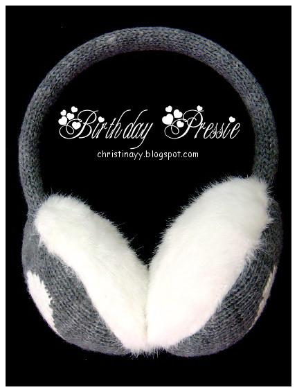 Birthday Pressie: Matching Item Ears Warmer
