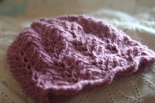 vine lace baby hat - cashmere
