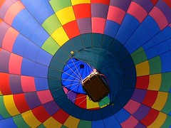 "2008 Plano Balloon Festival - ""2 Irresistible"" (kinchloe) Tags: festival niceshot hotair balloon vivid plano awesomeshot golddragon flickrcolour colourartaward vividmasters artlegacy flickrestrellas quarzoespecial 100commentgroup colorsinourworld"