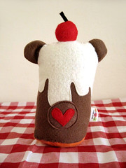 Cupcake bear (back) (casscette) Tags: bear pink brown cute cherry hearts toys cupcakes strawberry keychain soft chocolate small cream felt plush gingham sprinkles icing frosting fakefood