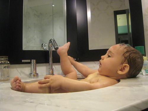 Bathtub/sink at The Nines in Portland