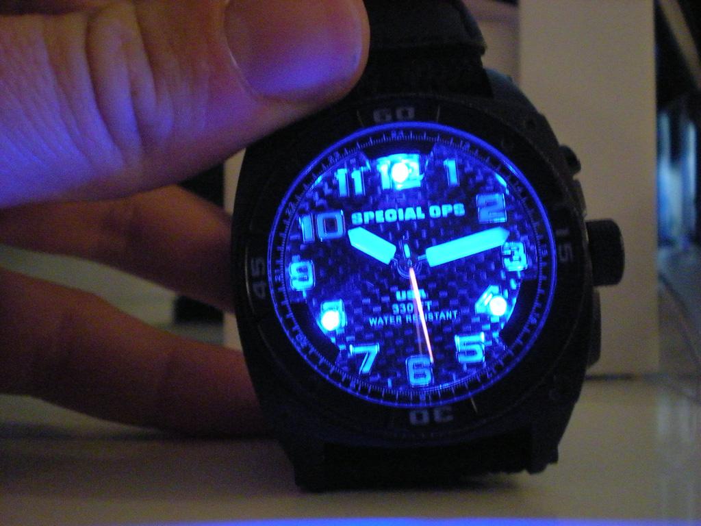 Uhr Mit Beleuchtung | Unterschied Traser Grun Blau
