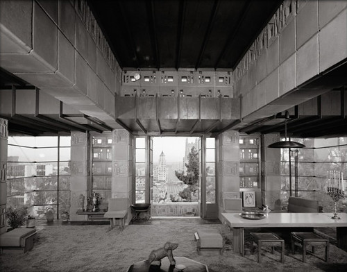 Frank Lloyd Wright, Freeman House, Los Angeles, photographed by Julius Shulman