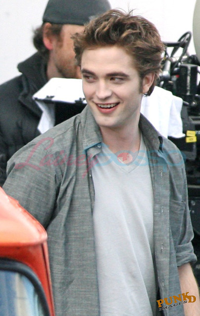 Robert Pattinson _set New Moon 03 by Club Crepusculo