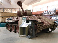 Panther - Model G PzKfw V (Megashorts) Tags: uk museum army war tank military wwii olympus german dorset ww2 vehicle inside e3 fighting panther armour zuiko axis tankmuseum panzer 171 bovington armoured zd sdkfz 1122mm bovingtontankmuseum sdkfz171 20090422 bovingtonmuseum