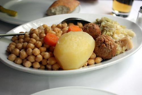taberna de la daniela cocido vegetables